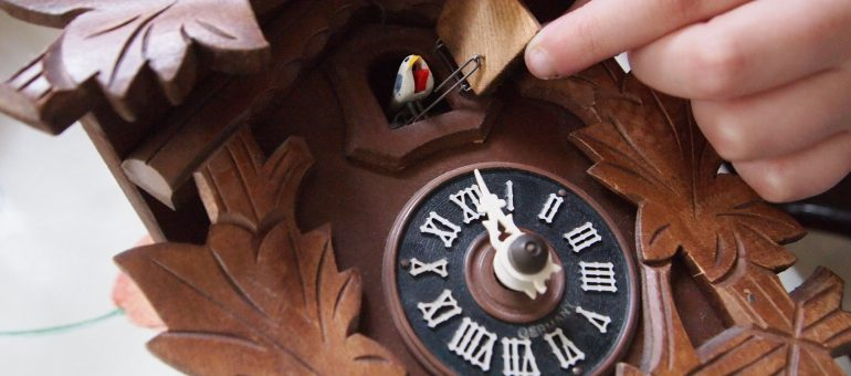 Die Kuckucksuhr – immer noch eine moderne Uhr